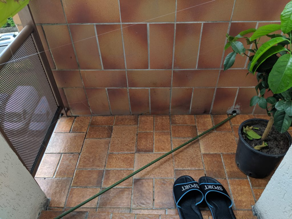 clean-balcony
